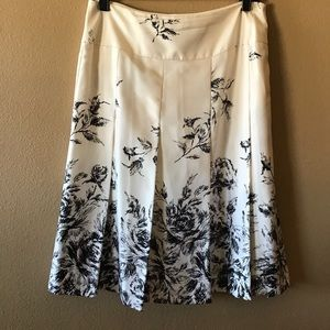 Nine West 100% Silk Skirt